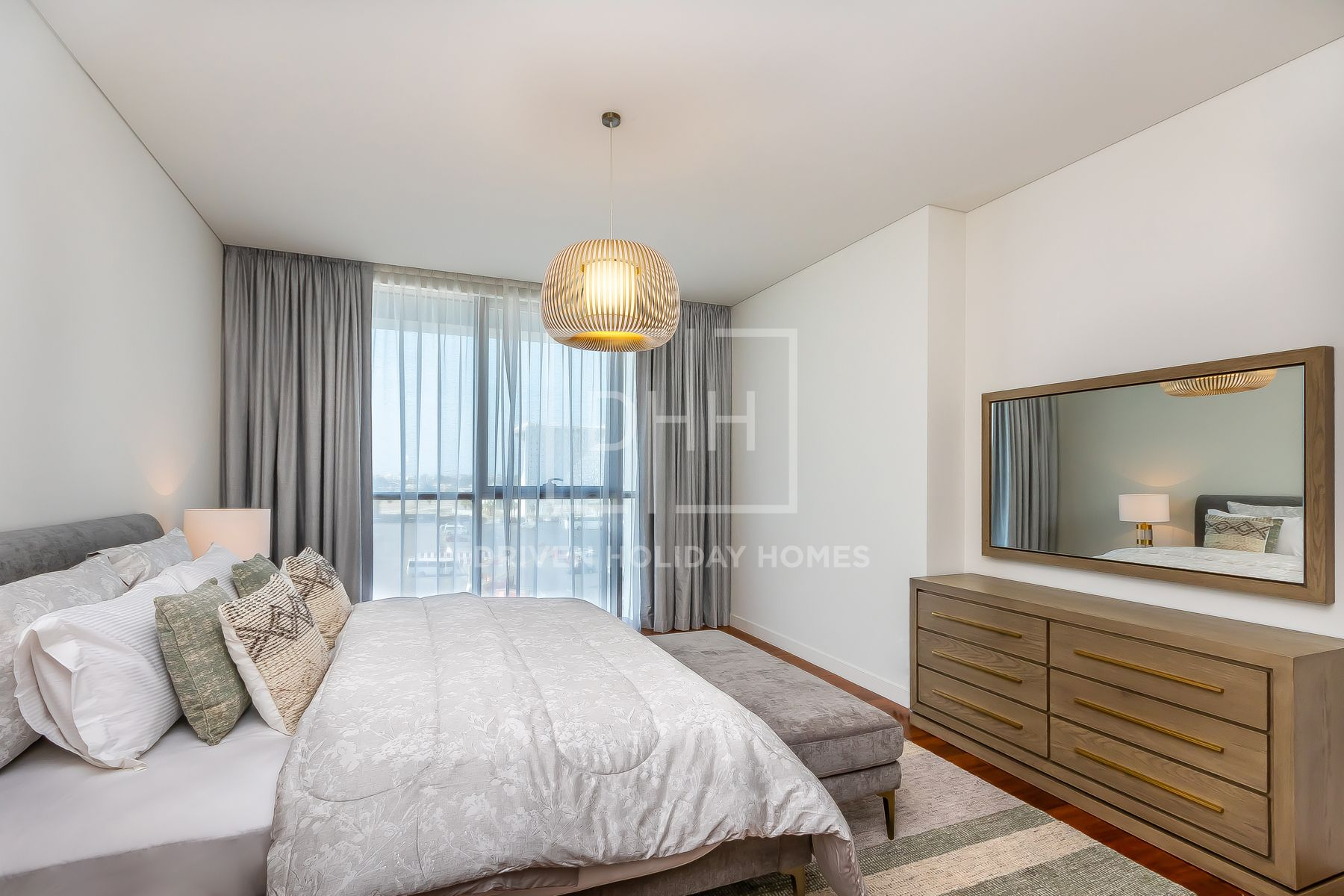 Great Family Vacation, Massive 3 Beds + Maid's Room in City Walk