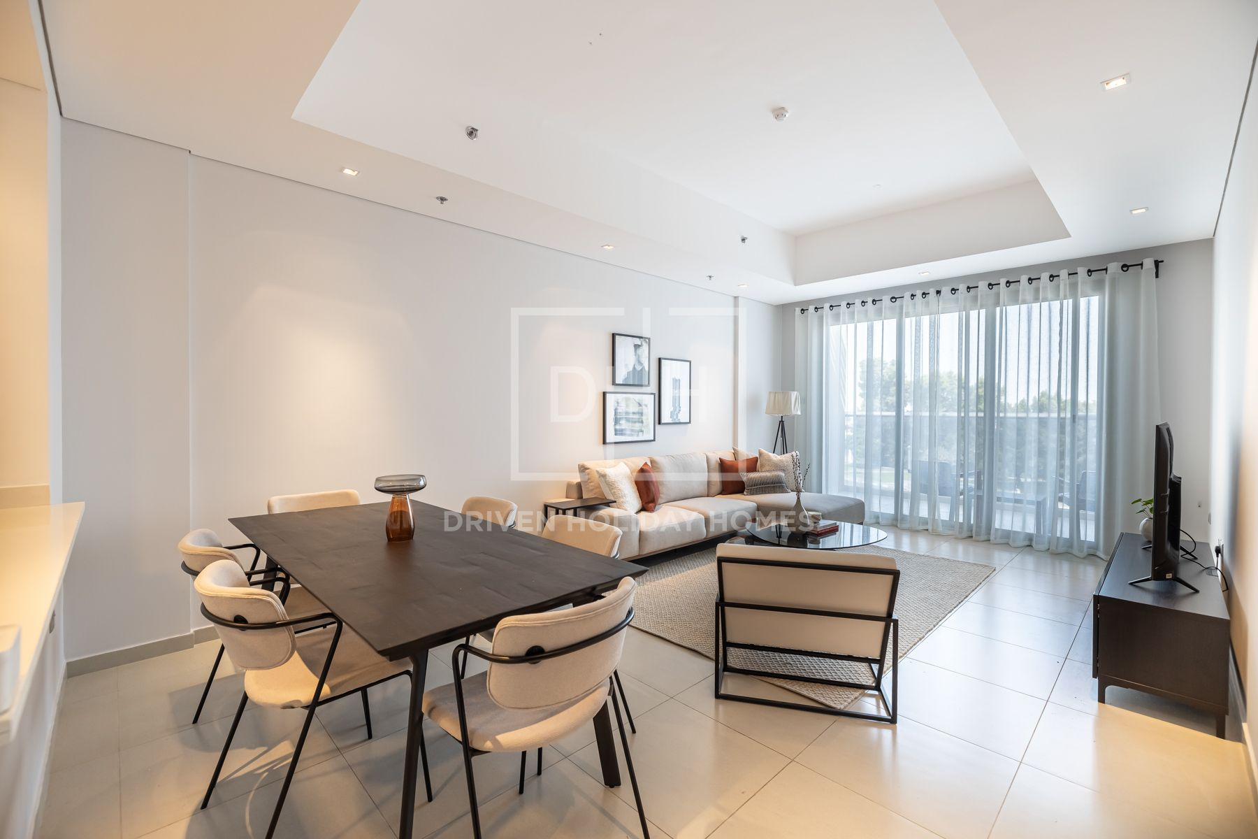 1,206 قدم مربع  شقة - للايجار - أم سقيم