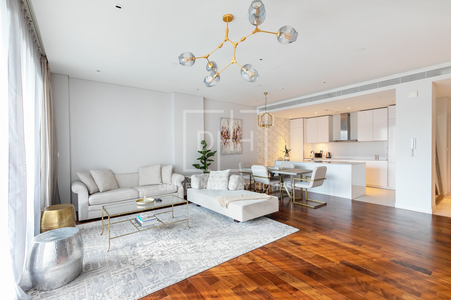 Avail This Excellent 1 Bed in City Walk 12