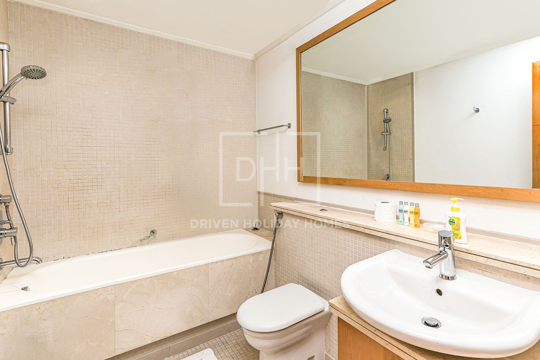 Apartment for Rent in Aurora Tower - Dubai Marina