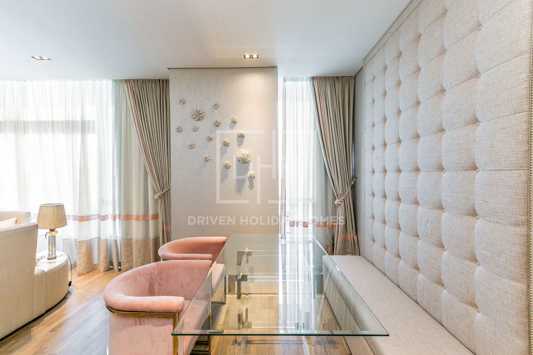 Dainty And Chic   Adjacent to City Walk Mall
