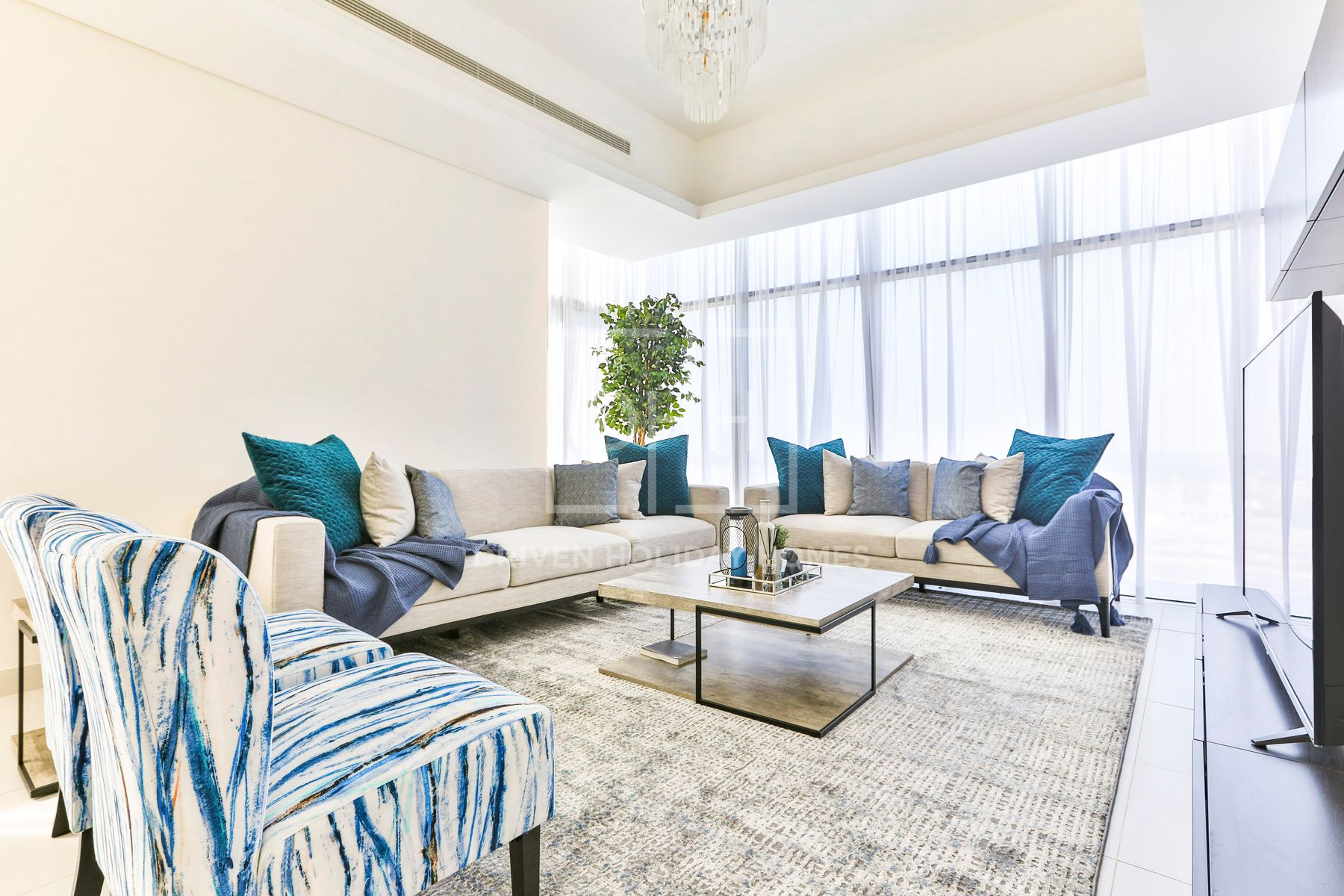 Modern 2 BR | Mada Residence | Downtown