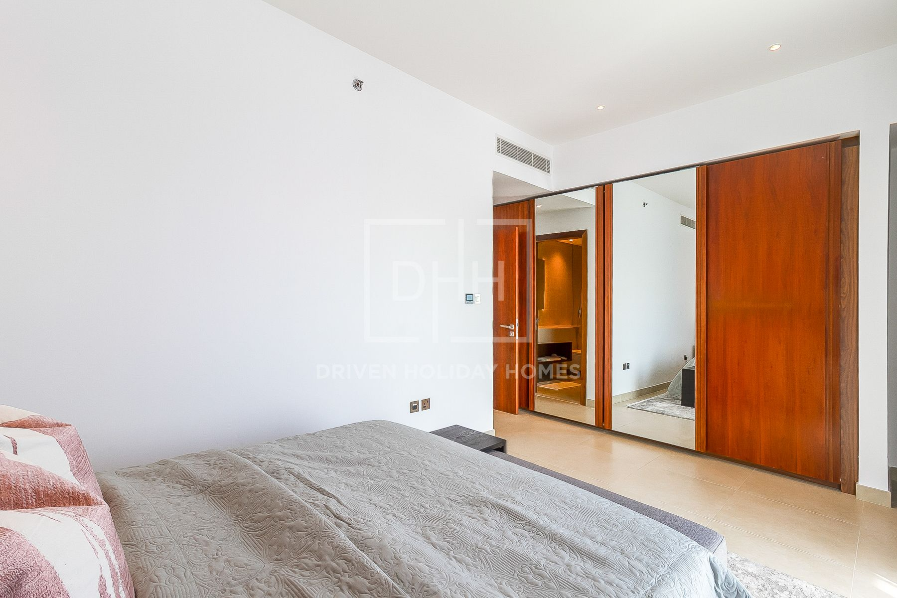 للايجار - شقة - بوابة المارينا 1 - دبي مارينا