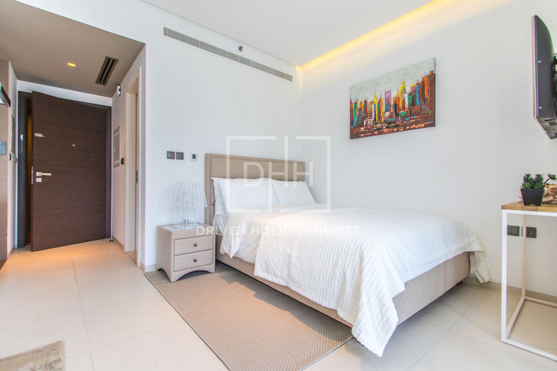 Studio for Rent in West Avenue Tower - Dubai Marina