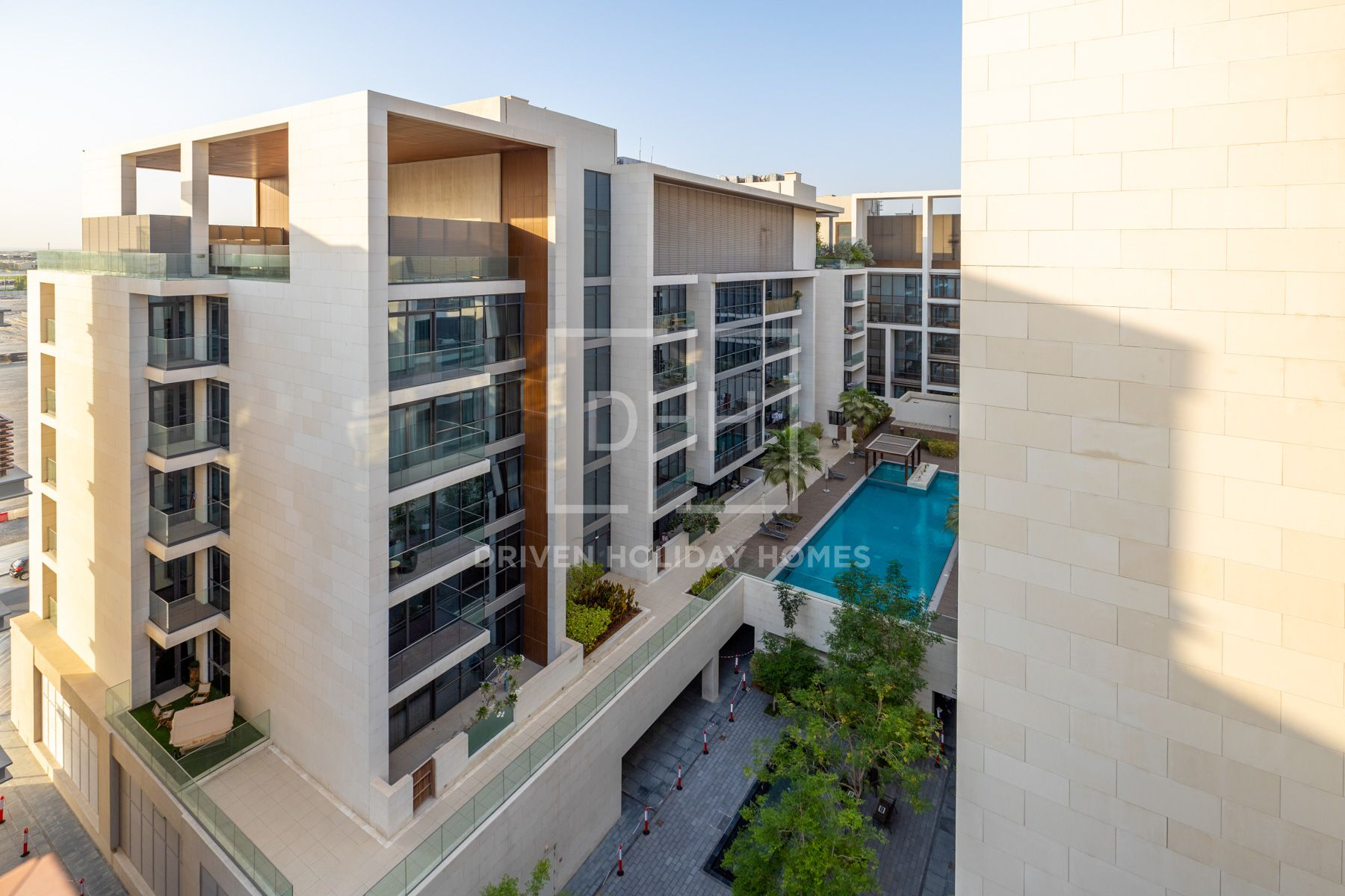 Clean and Modern Design | Courtyard View