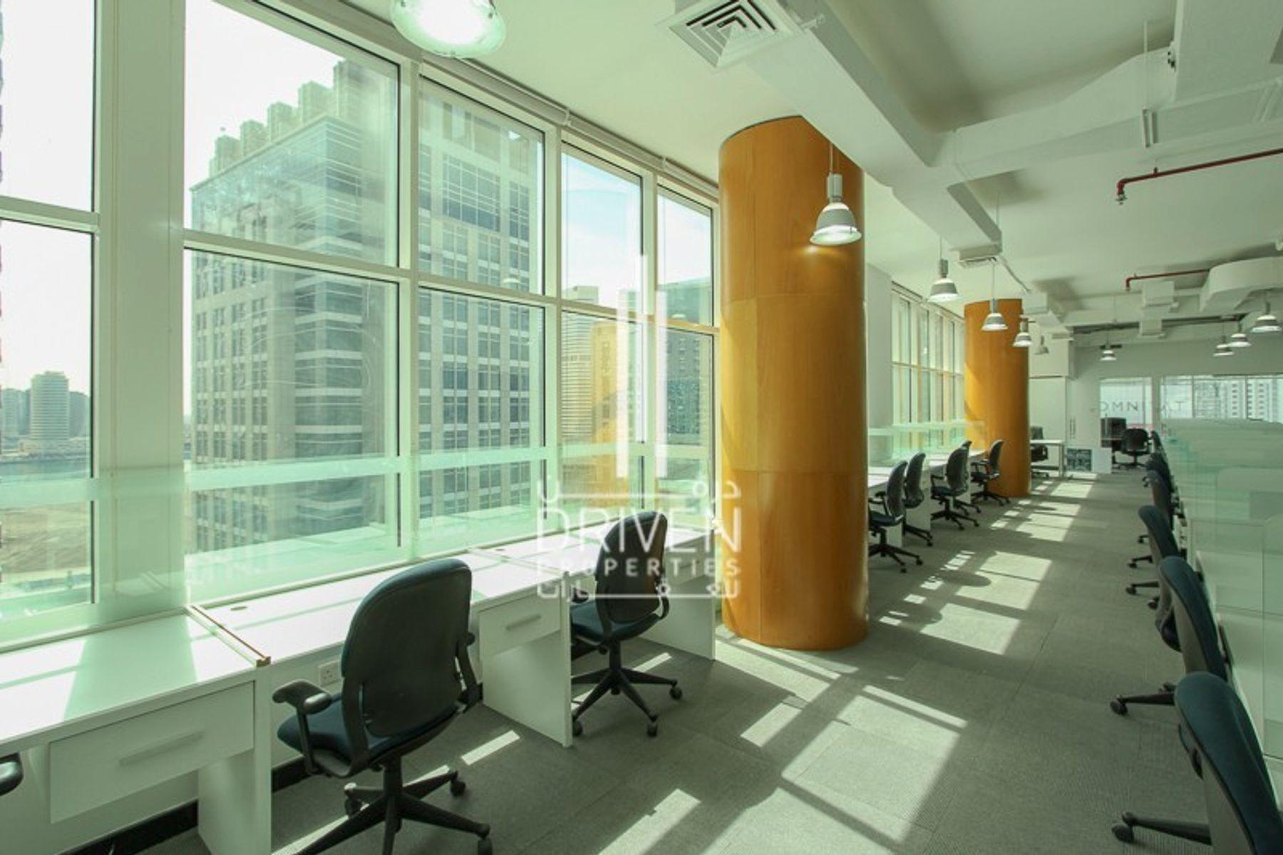 2,420 قدم مربع  مكتب - للبيع - الخليج التجاري
