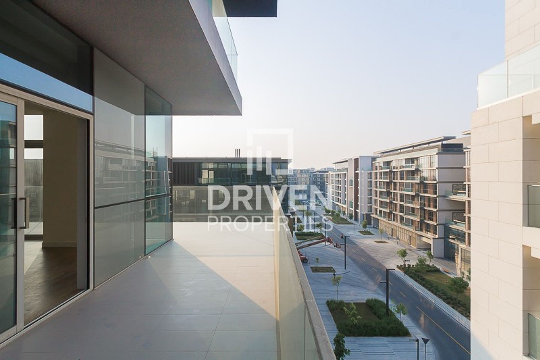Corner and Spacious Apt with Amazing View