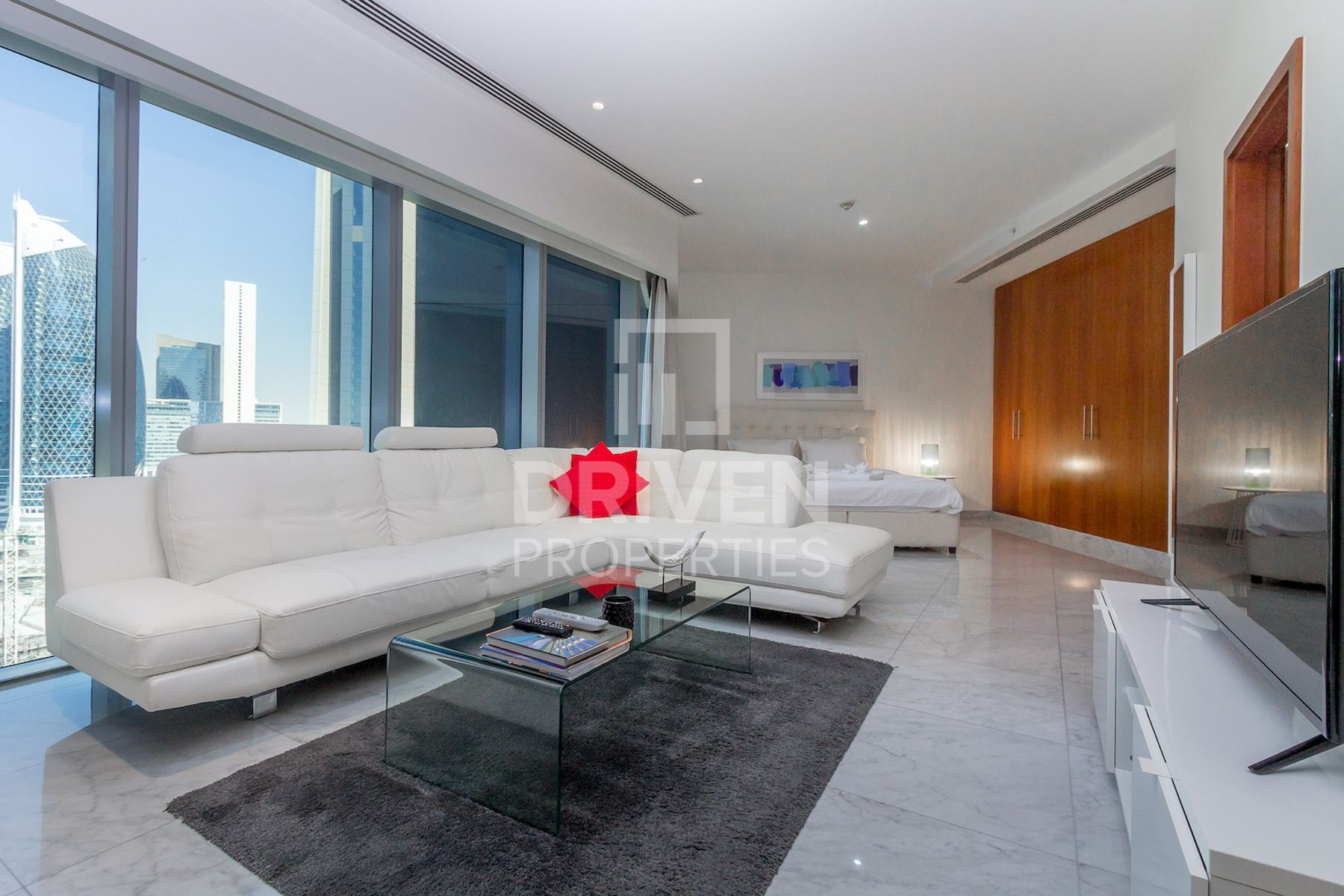 Luxurious Fully Furnished Studio Apartment