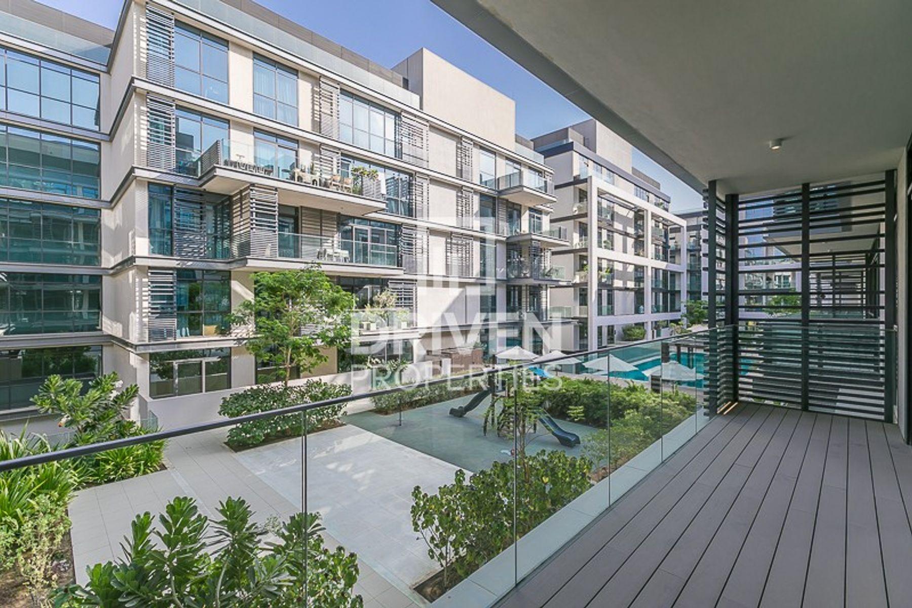 Peaceful pool views I 10yrs Payment Plan