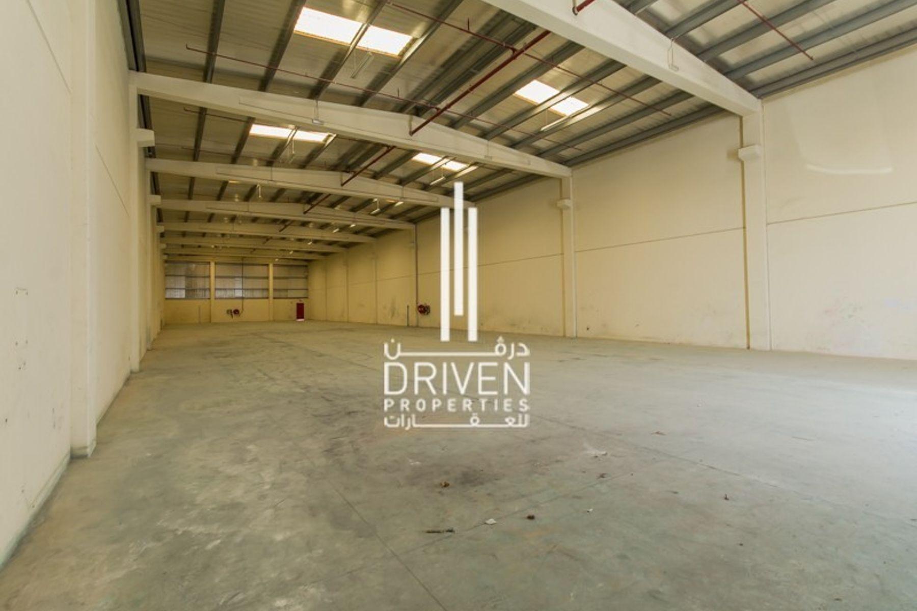 10,372 قدم مربع  مستودع - للايجار - حديقة دبي الصناعية
