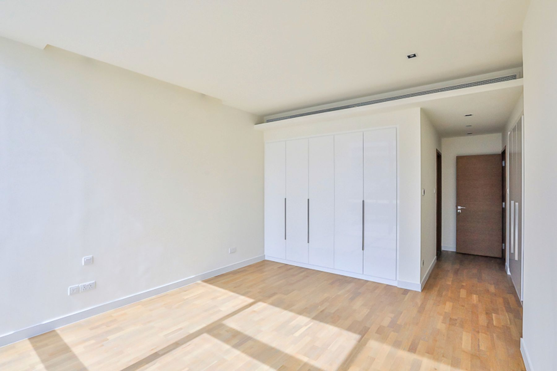 للبيع - شقة - 22 بناية - سيتي ووك