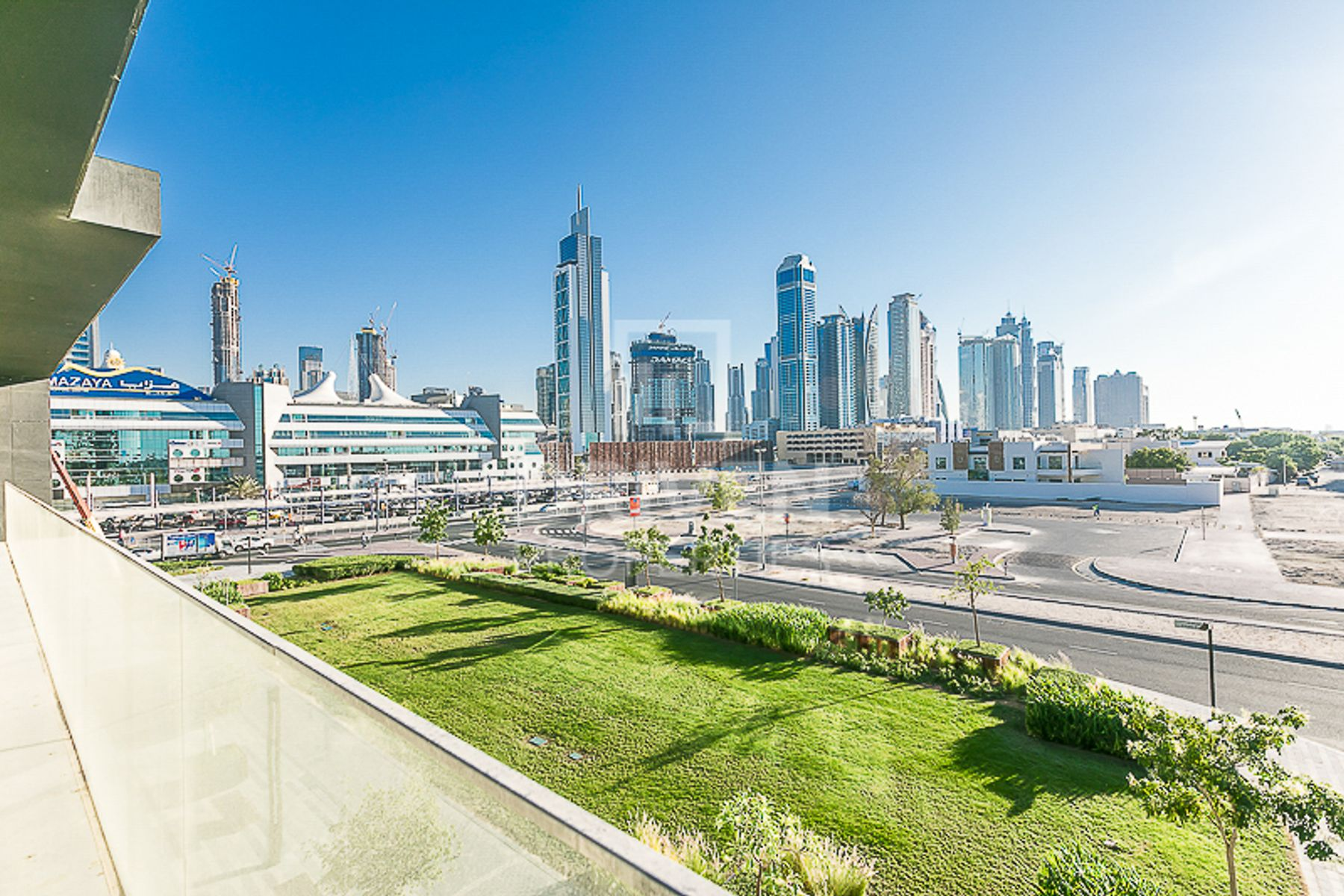 Corner Apt with Burj Khalifa and Al Arab View