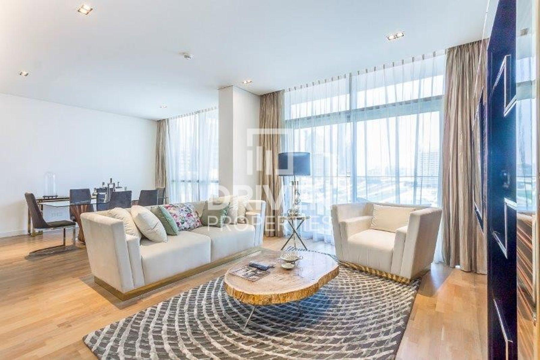 Furnished 2Bedroom   Facing Burj Khalifa