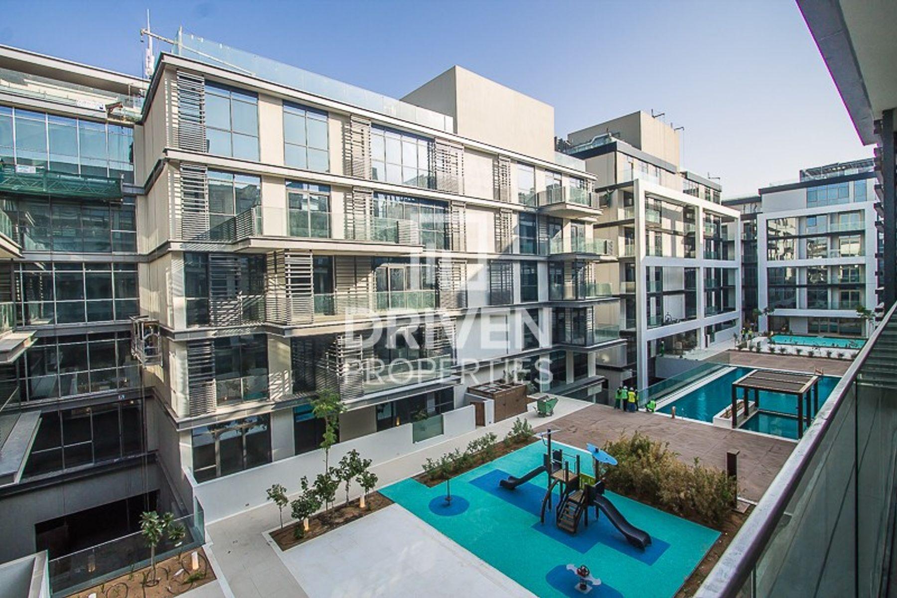 Lovely Large Unit |Pool and Burj Khalifa View