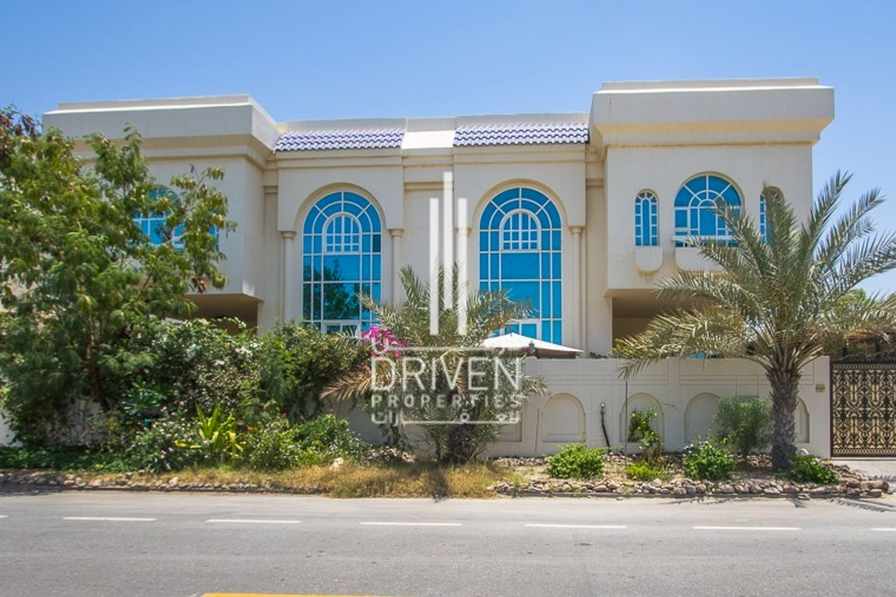 Beautiful 5 BR Compound Villa | Spacious