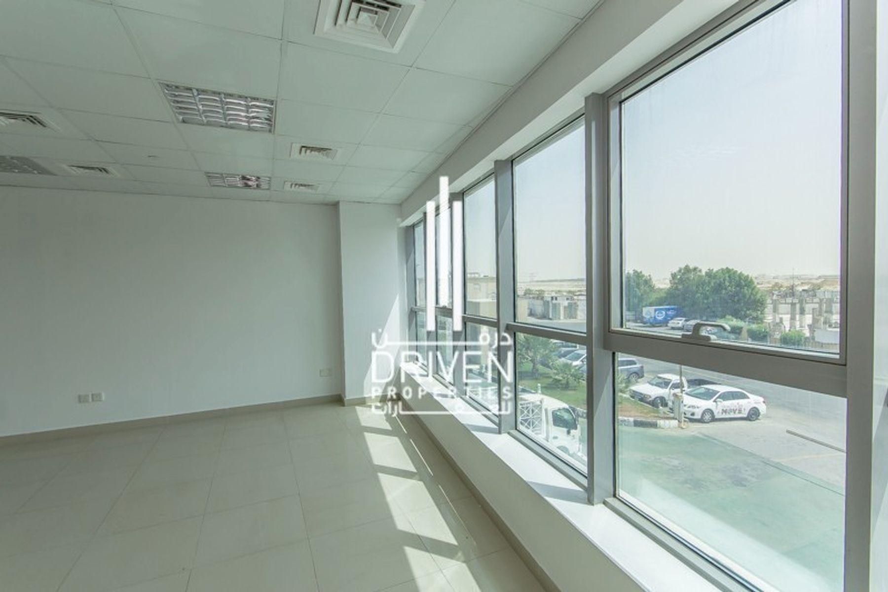 1,077 قدم مربع  مكتب - للايجار - مجمع دبي للإستثمار