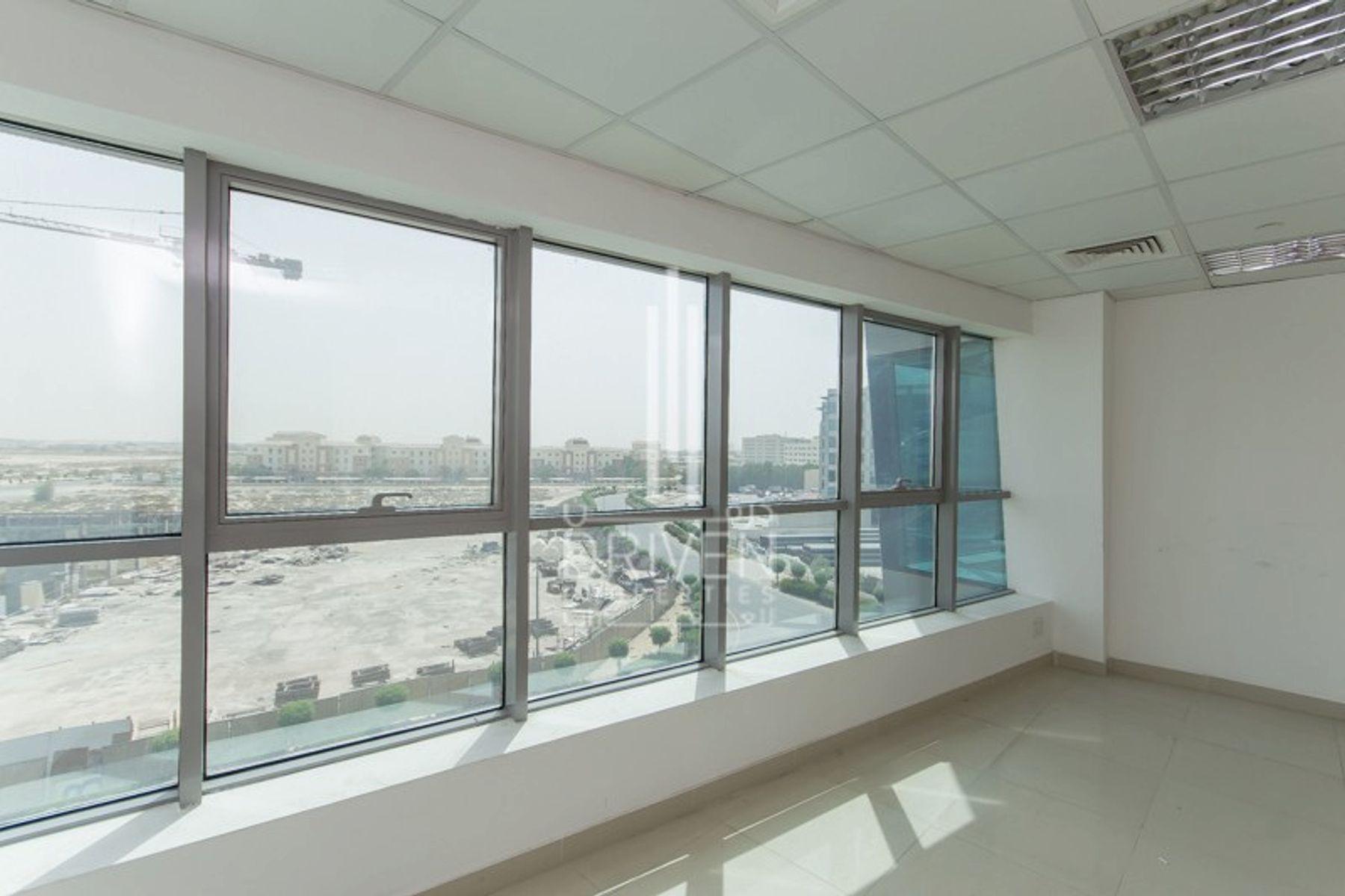 1,402 قدم مربع  مكتب - للايجار - مجمع دبي للإستثمار
