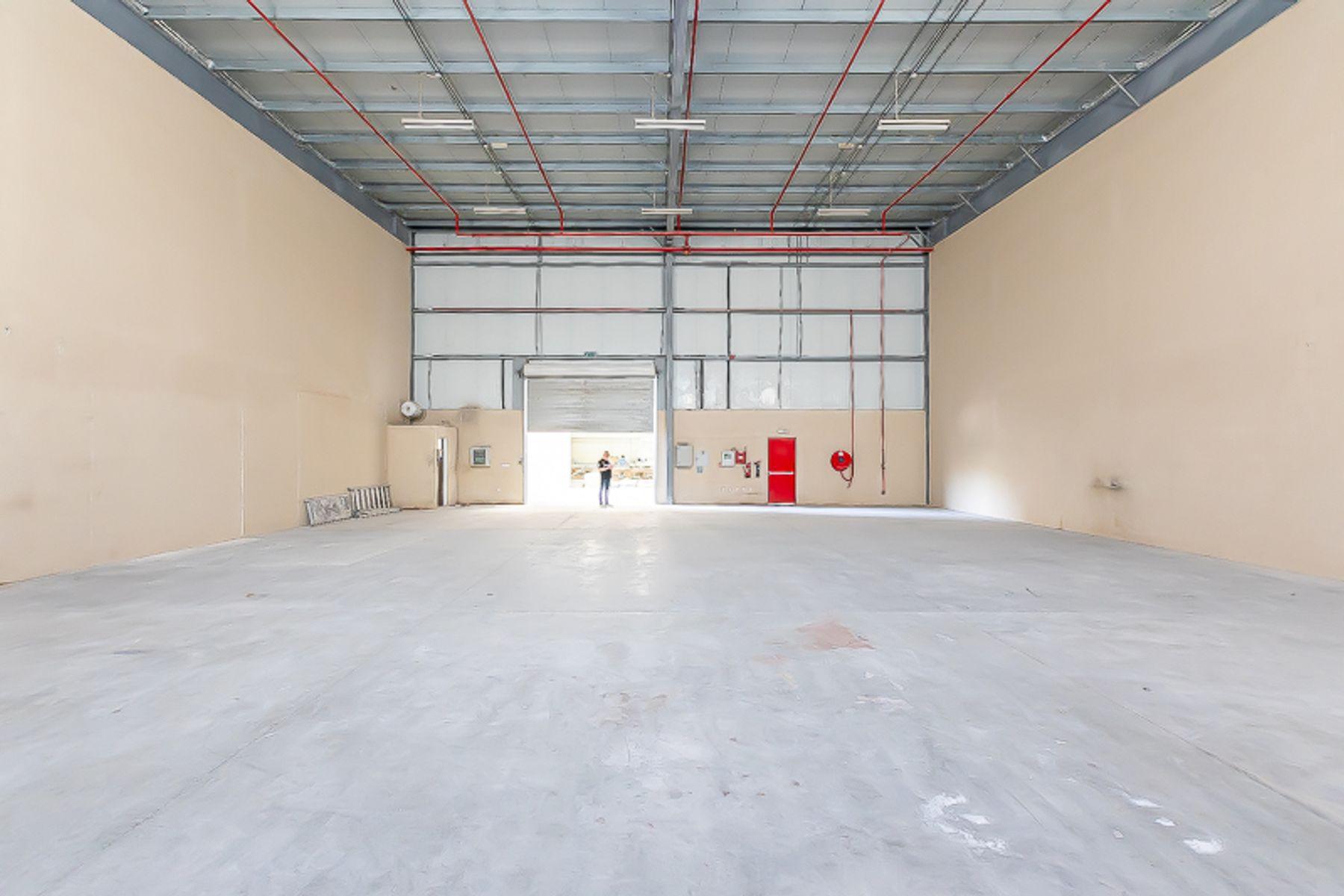 Warehouse for Rent in Jebel Ali Industrial 3 - Jebel Ali