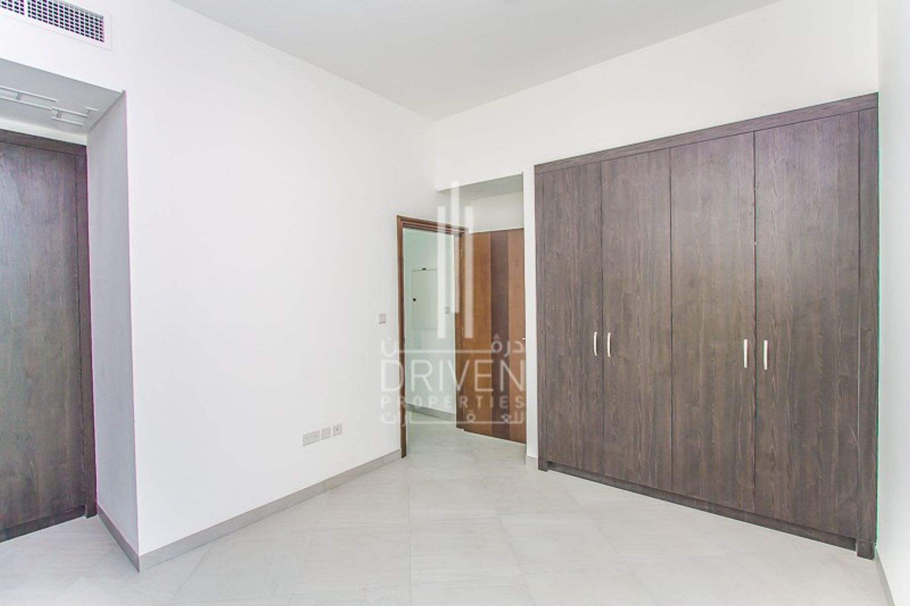 للبيع - فيلا - قصر مالبيري - قرية الجميرا سركل