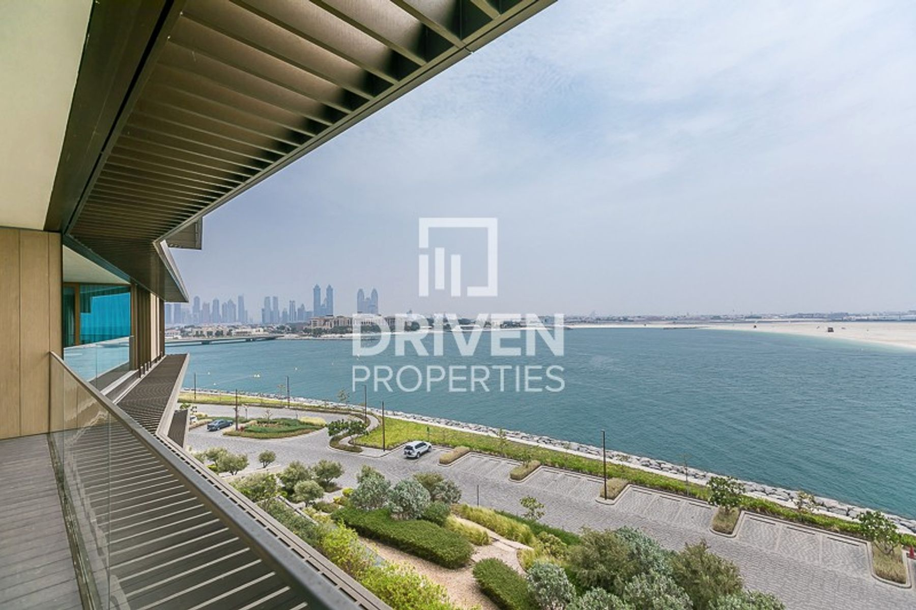 Lovely and Spacious Unit | Amazing Views