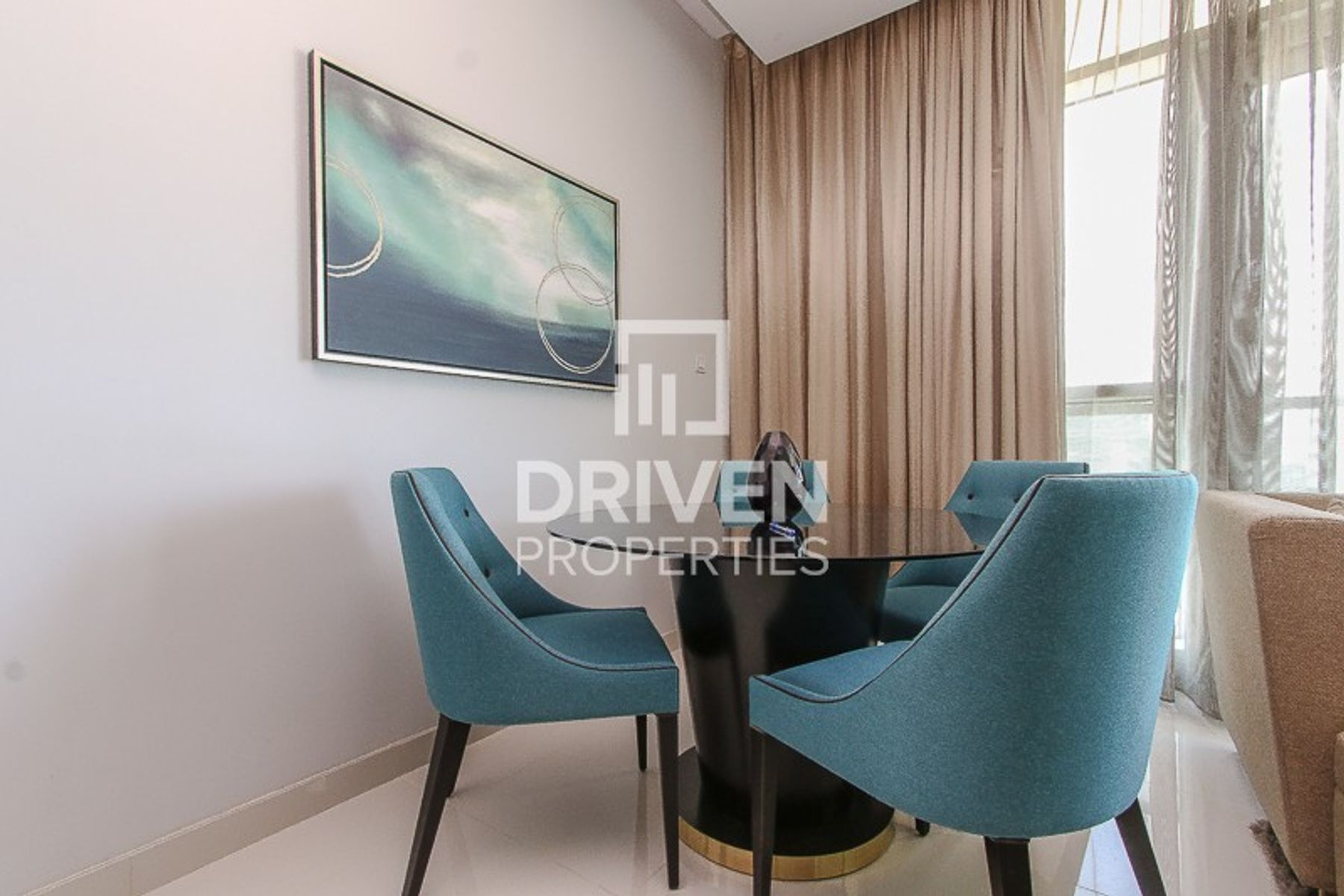 Incredible and Modern 2 Bedroom Apartment