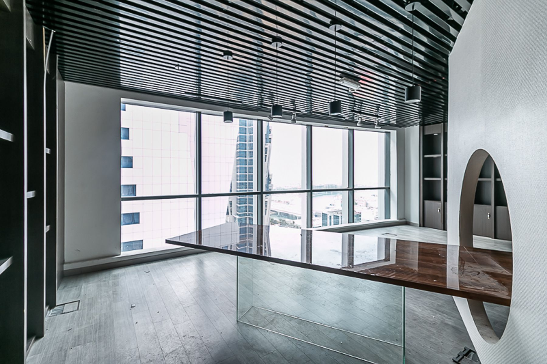 Office for Rent in The Regal Tower, Business Bay
