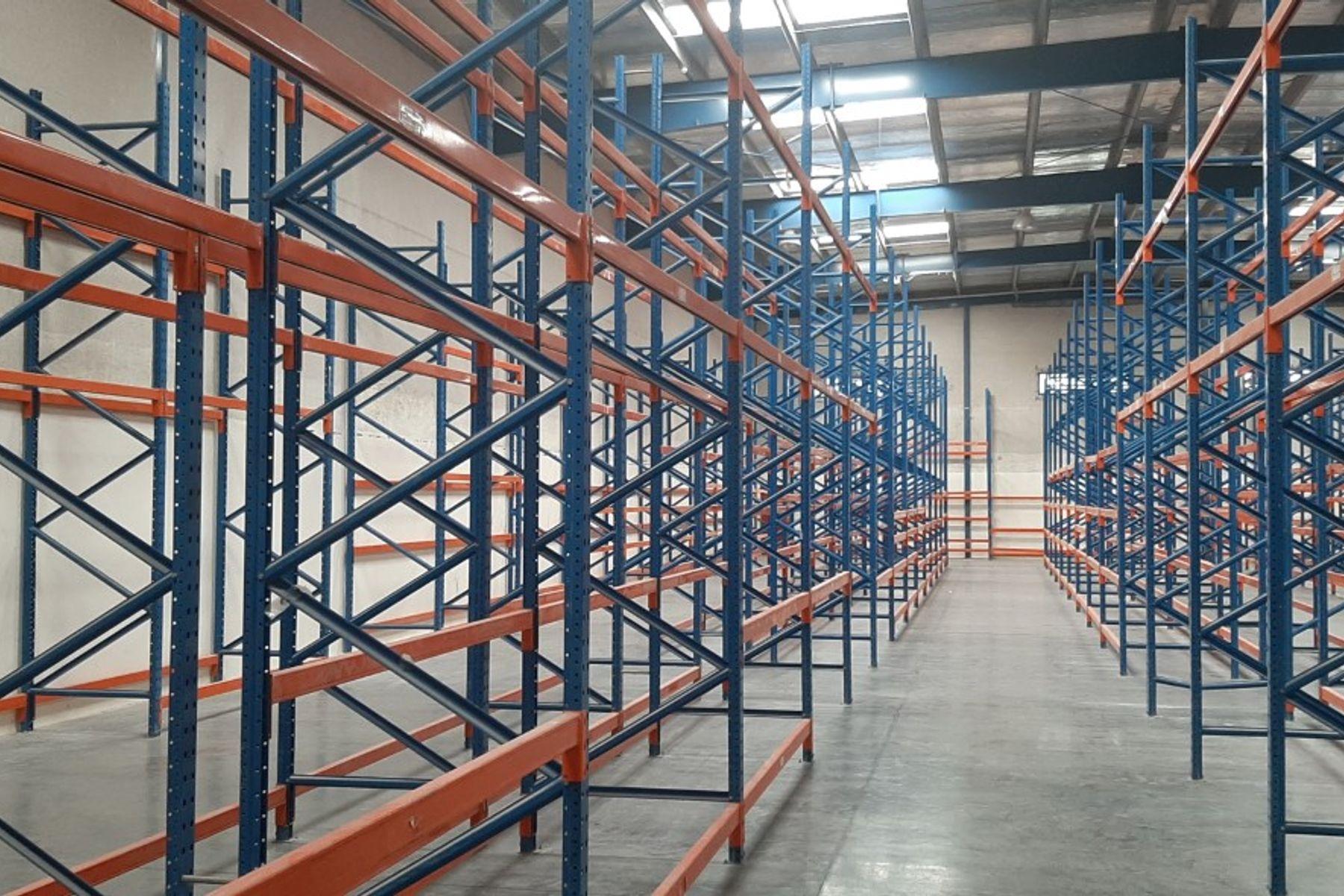 Warehouse for Rent in Al Quoz Industrial Area 4, Al Quoz