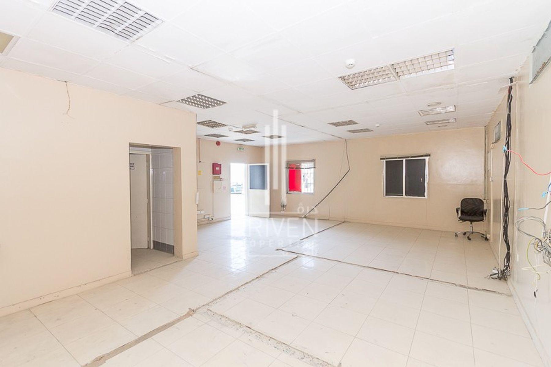 Warehouse for Rent in Ras Al Khor Industrial 1, Ras Al Khor