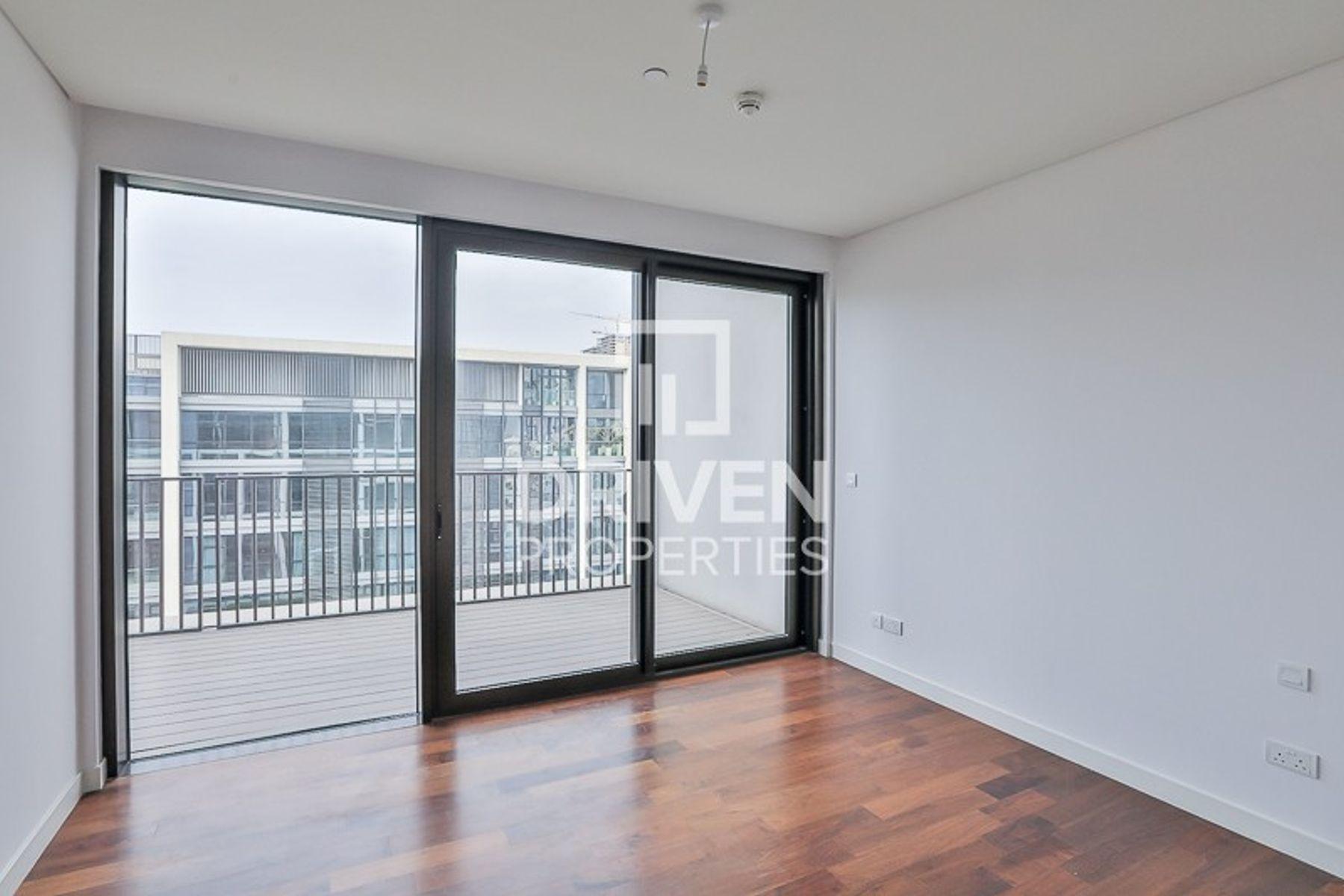 للبيع - شقة - 12 بناية - سيتي ووك