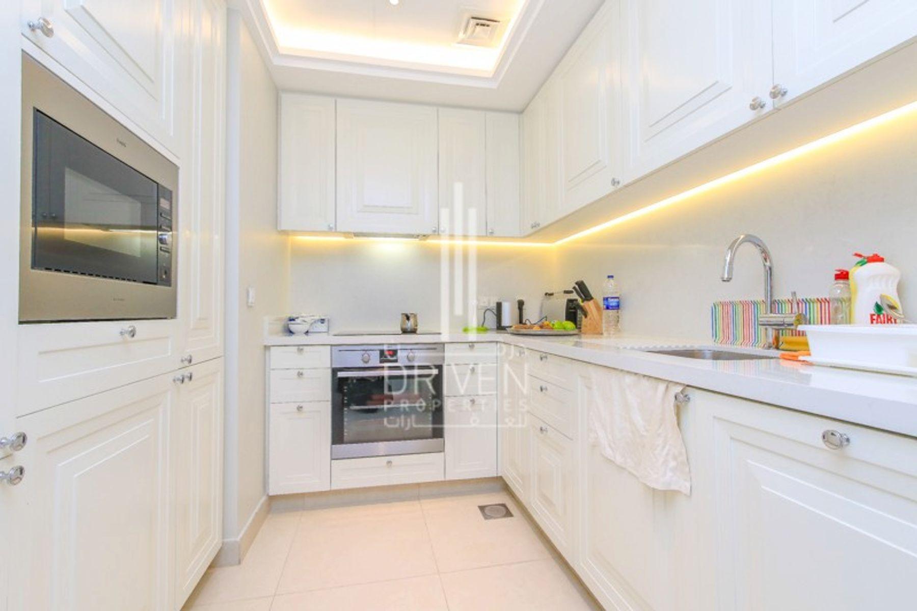 للبيع - شقة - فندق العنوان - بوليفارد - دبي وسط المدينة