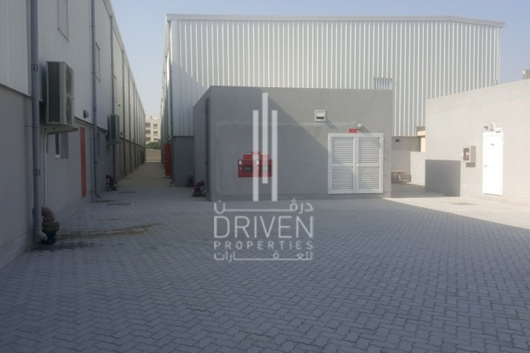Warehouse in Al Quoz 15KW Power Capacity