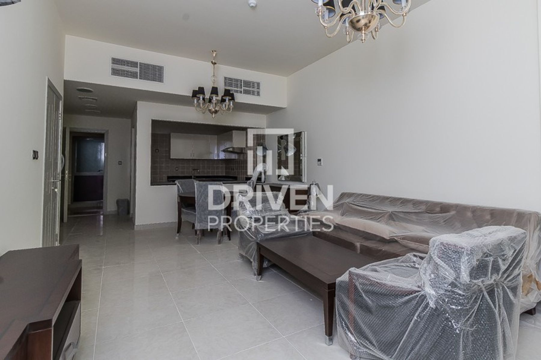 814 قدم مربع  شقة - للايجار - ميدان