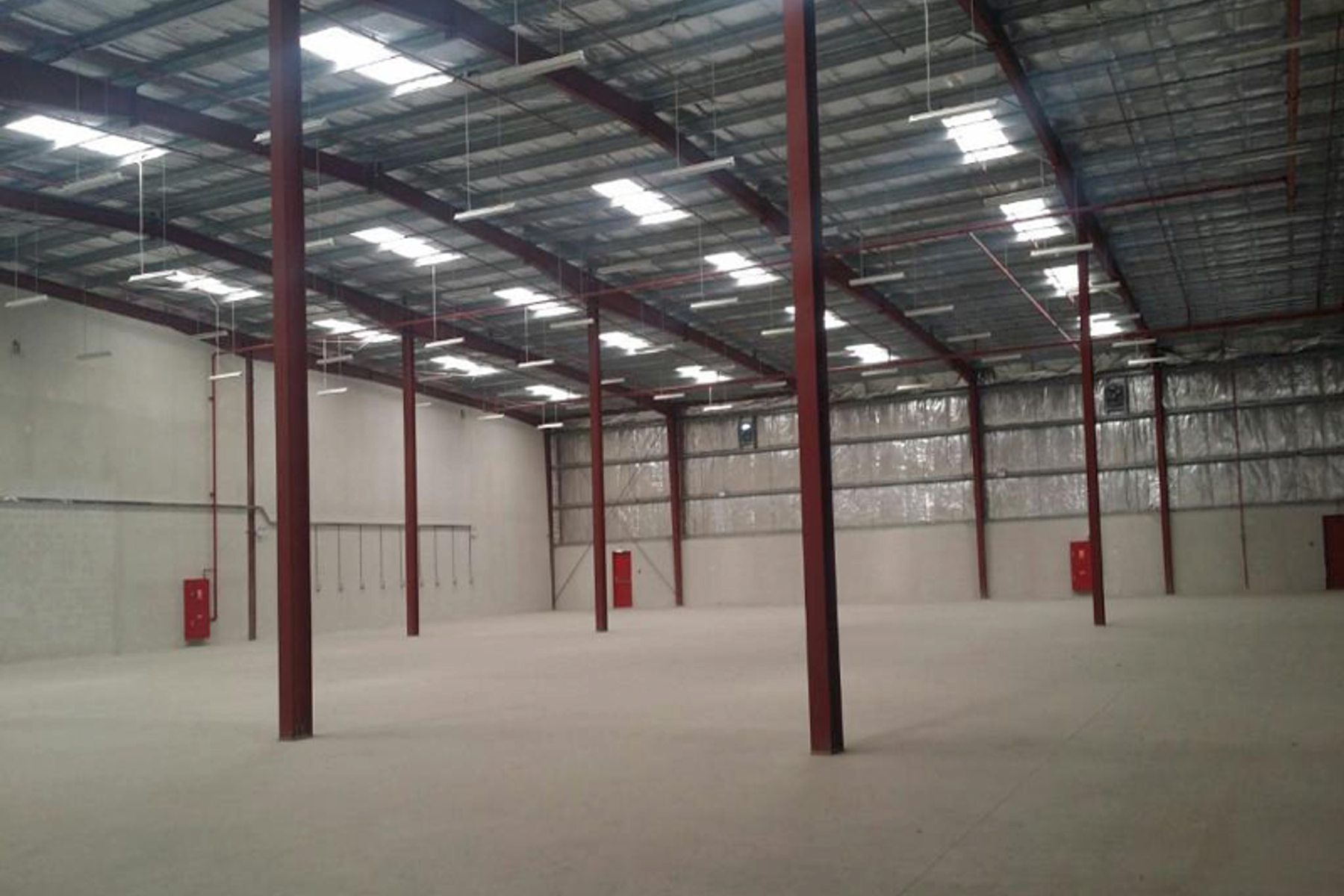 340KW HIGH POWER CAPACITY HUGE WAREHOUSE