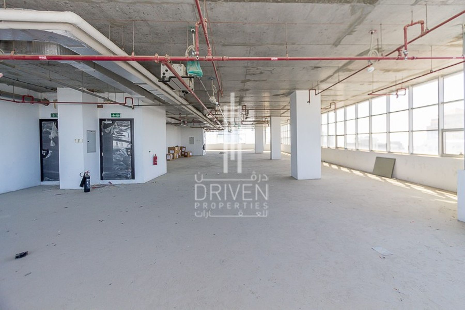 Spacious Office l Mazaya Business Avenue