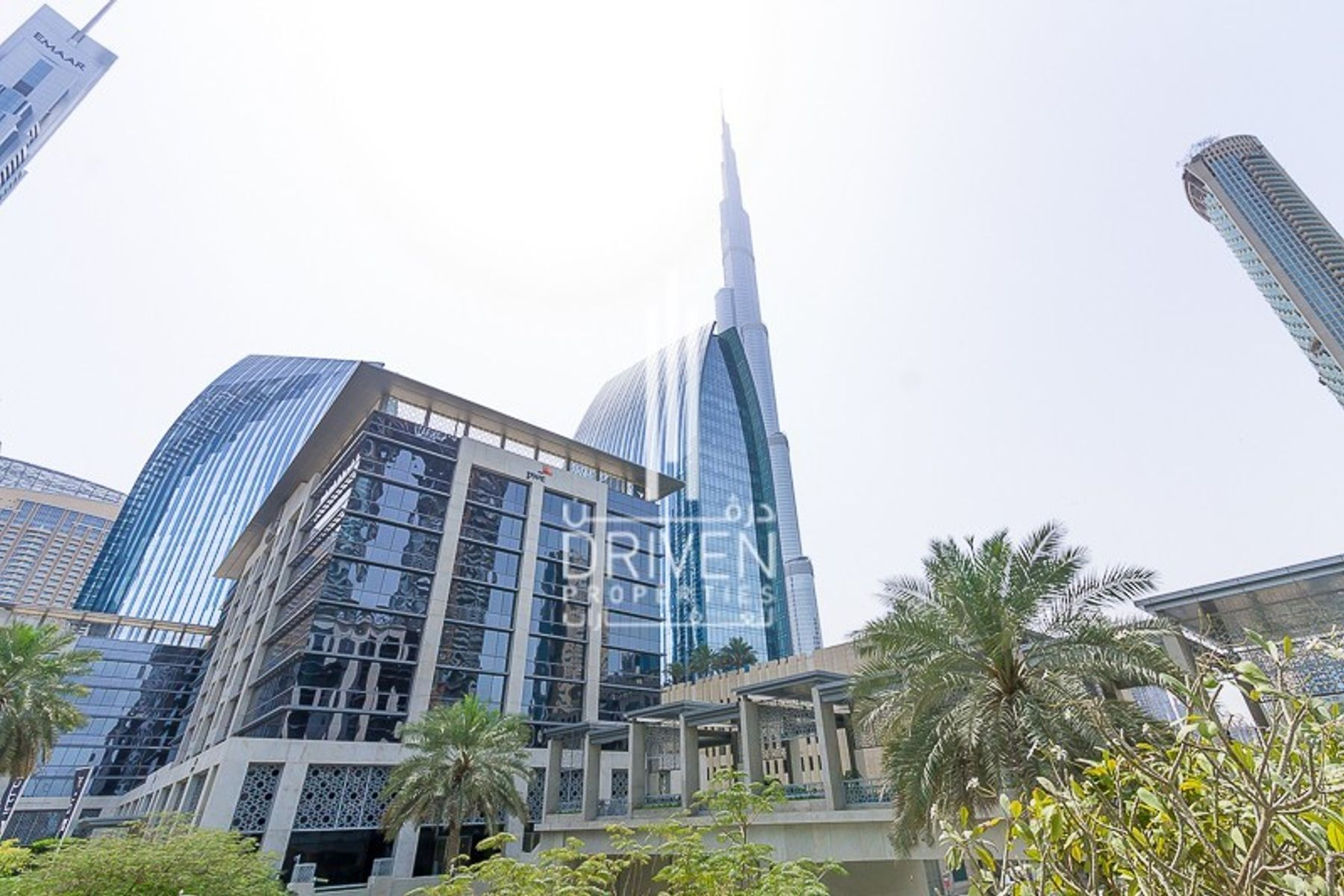 PERFECTLY FITTED OFFICE IN EMAAR SQUARE.