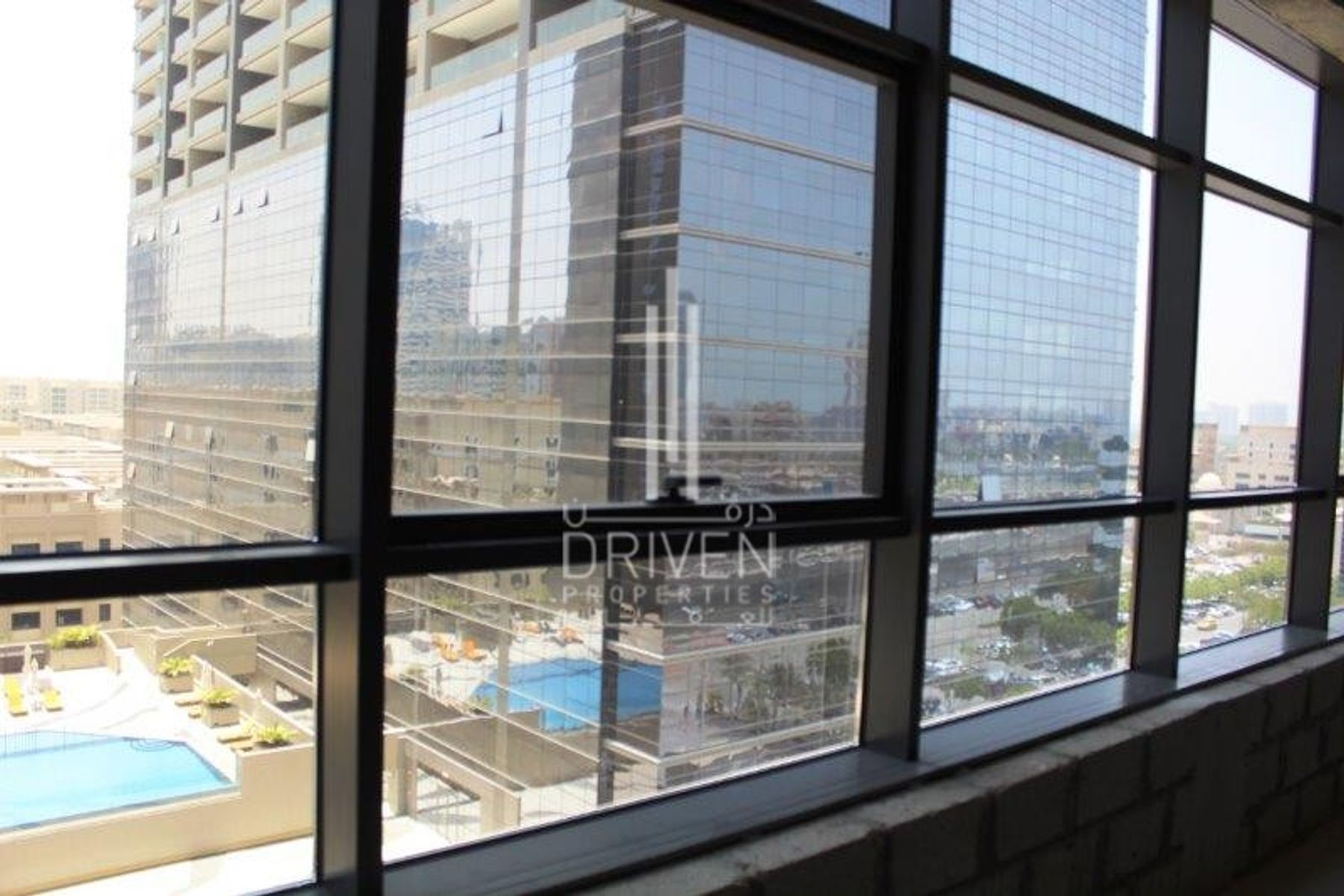 Office for Sale in The Onyx Tower 2 - Greens