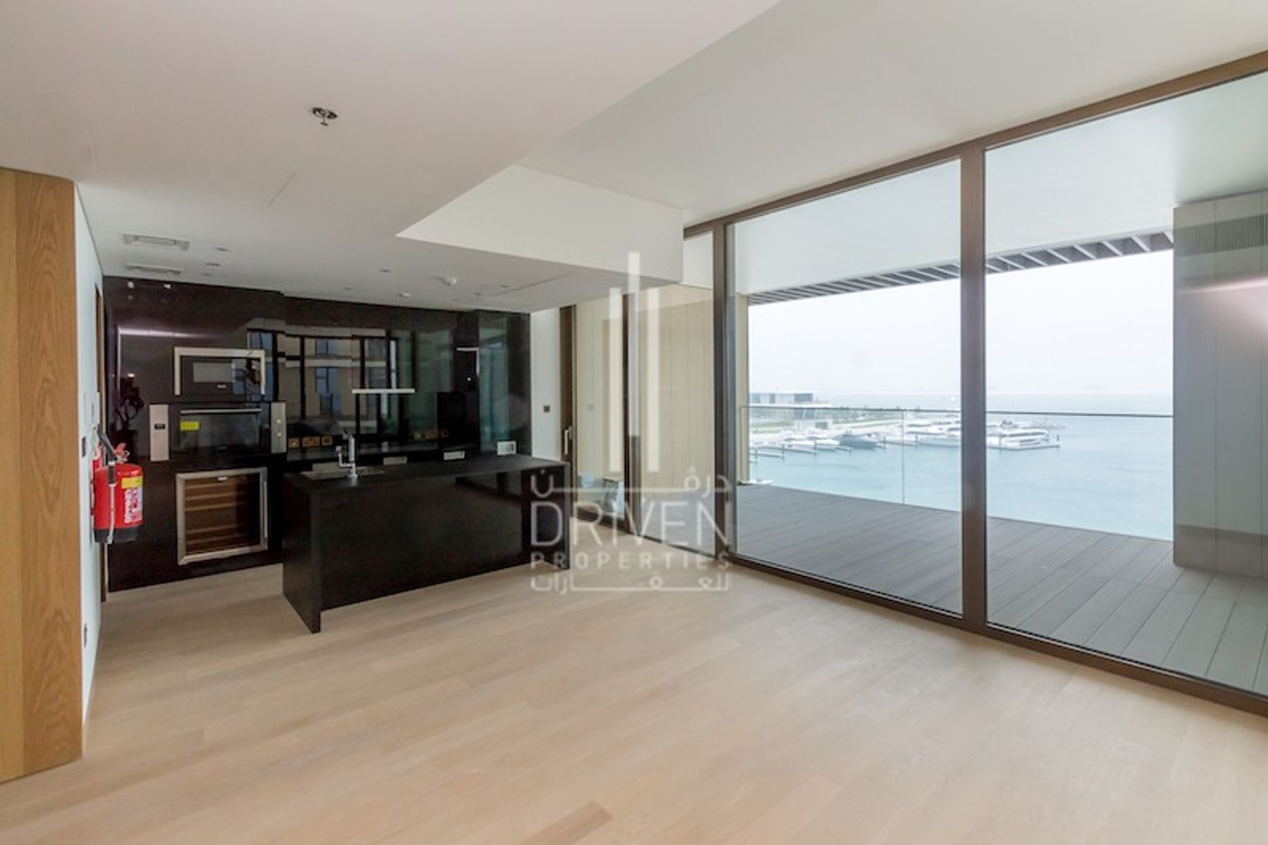Live in Luxury 2 Bed + Marina & Sea View