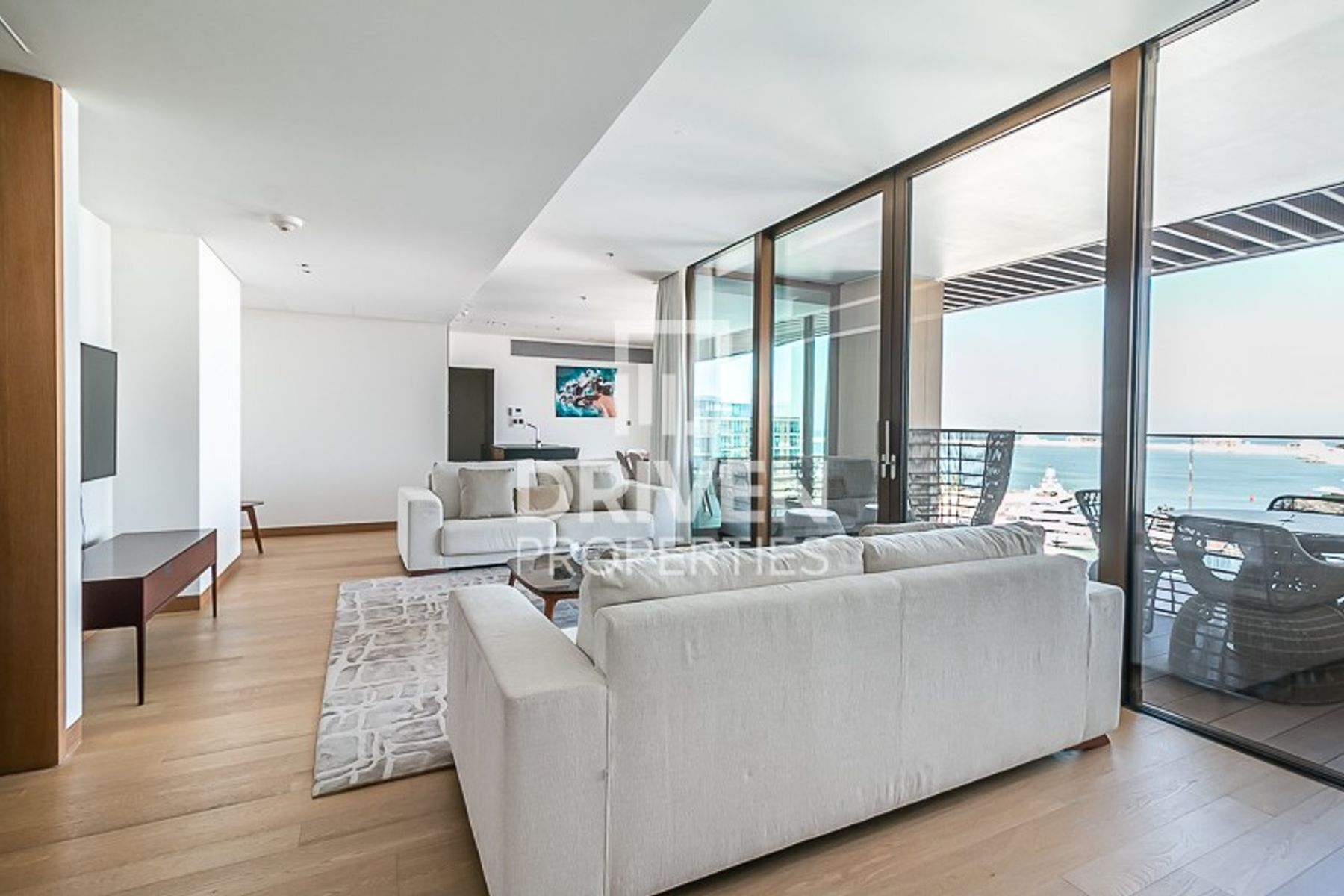 Contemporary Living | Marina and Sea Views
