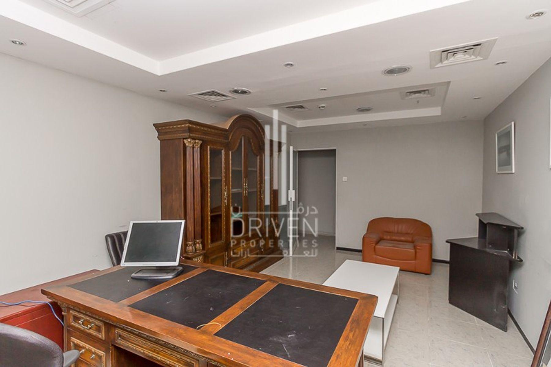للايجار - مكتب - برج العطار - شارع الشيخ زايد