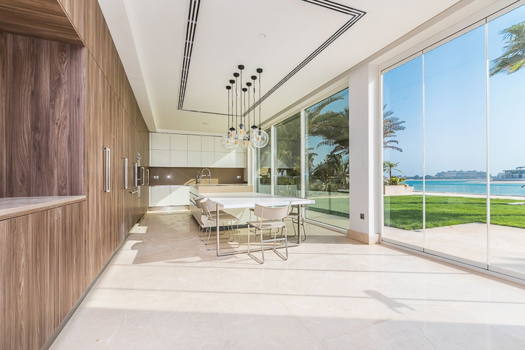 Villa for Sale in Signature Villas Frond P - Palm Jumeirah