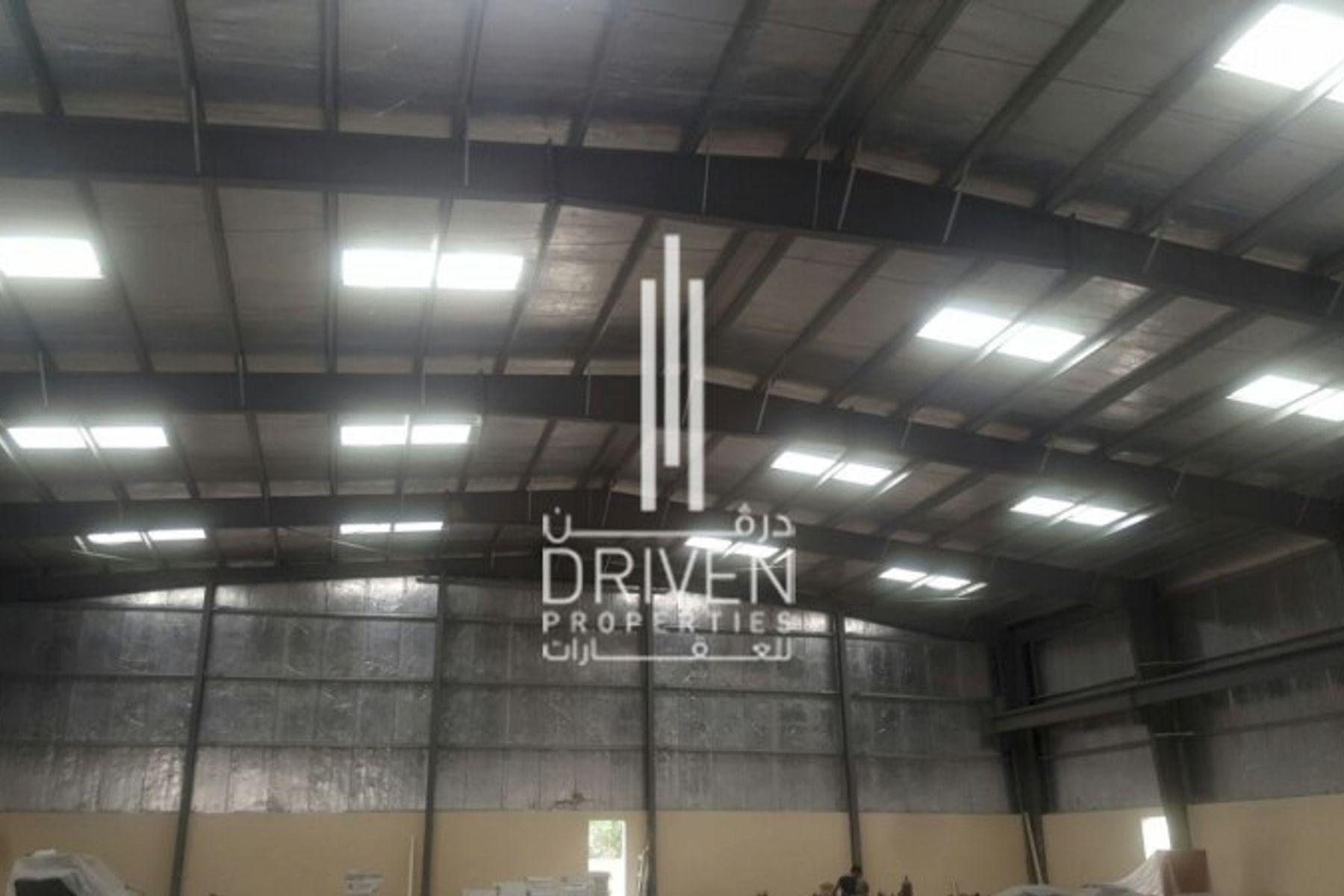 24,000 قدم مربع  مستودع - للبيع - حديقة دبي الصناعية