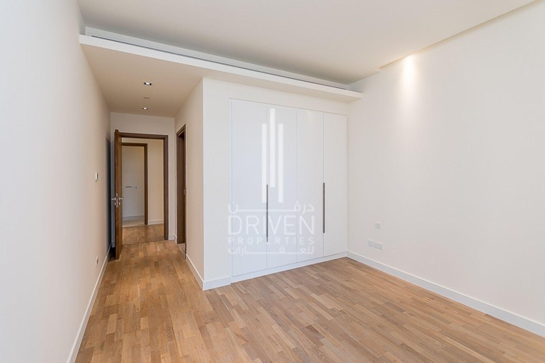 للبيع - شقة - 20 بناية - سيتي ووك