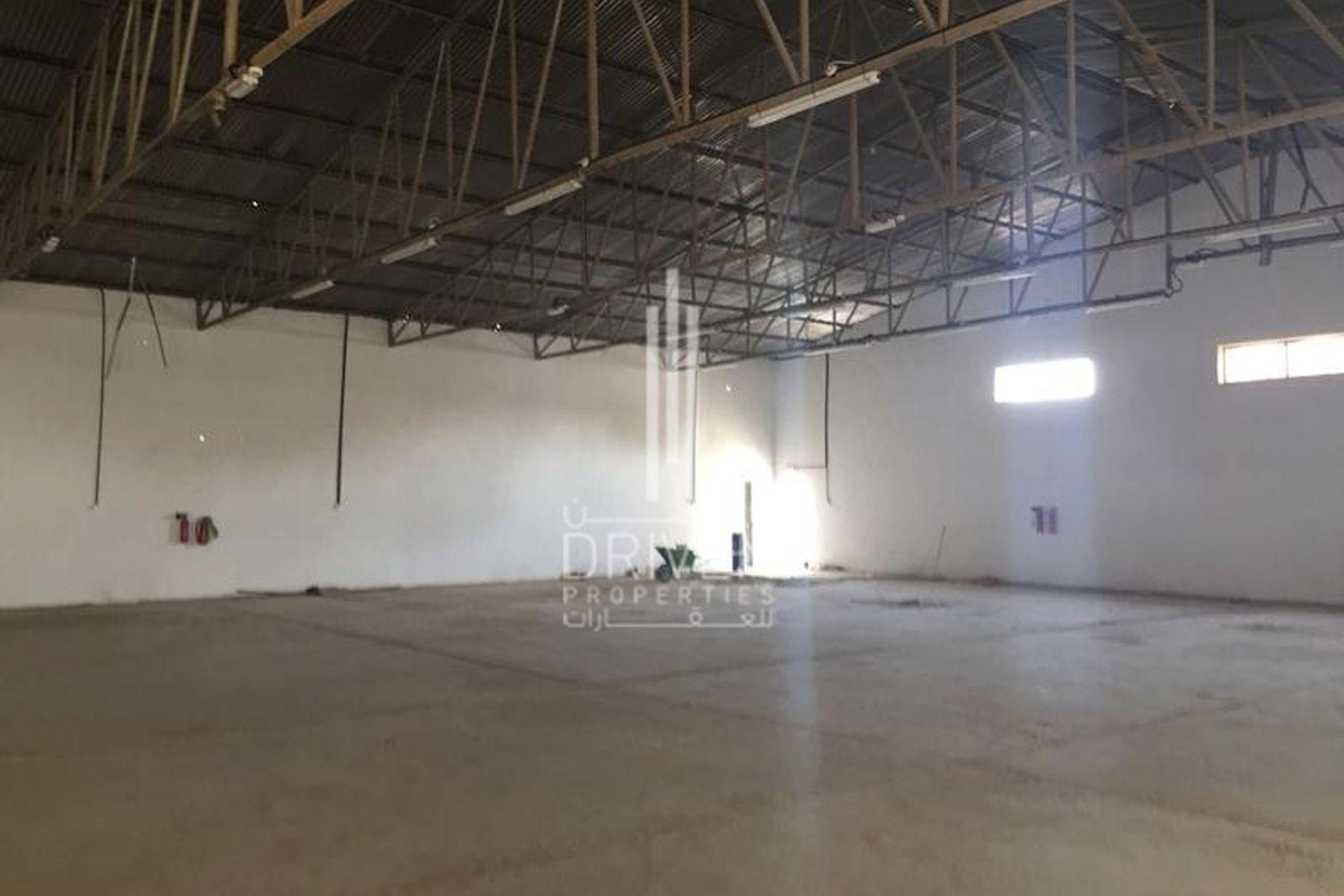 Warehouse for Rent in RAS - Umm Ramool