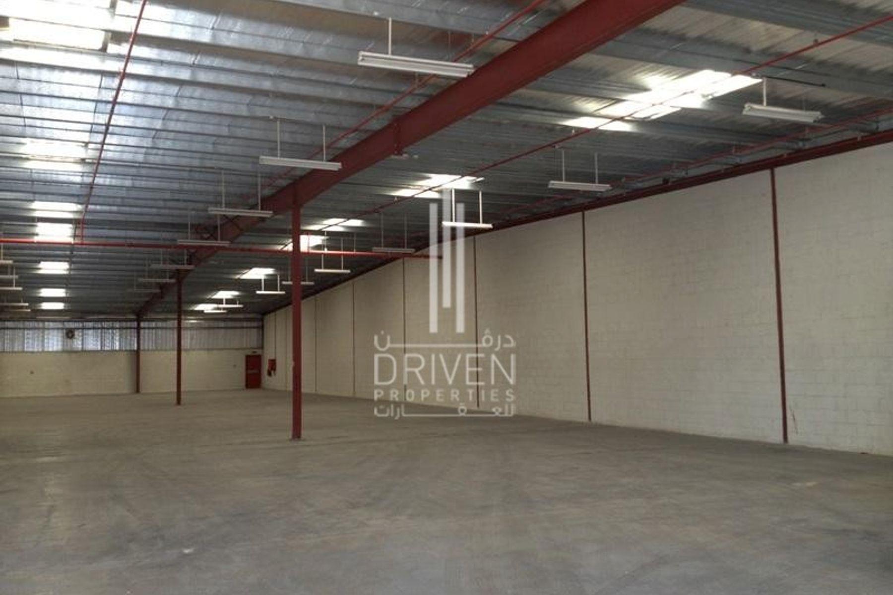 للبيع - مستودع -  - Dubai Investment Park