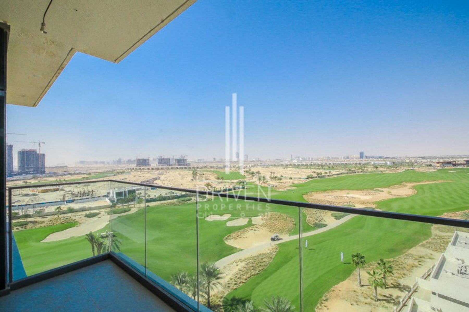 BRAND NEW 2 BED WITH STUNNING GOLF VIEWS