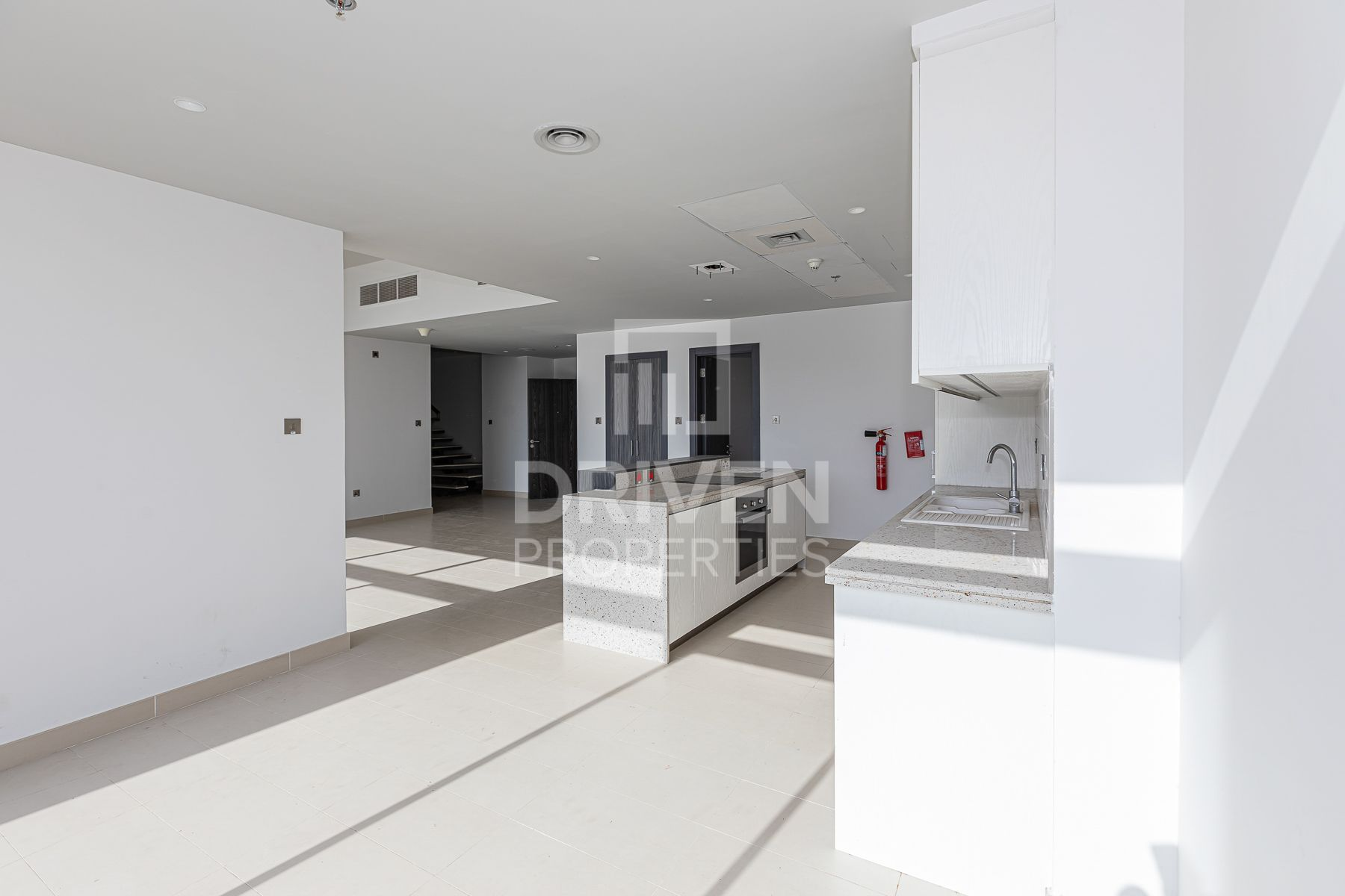 Duplex for Sale in Oia Residence - Motor City