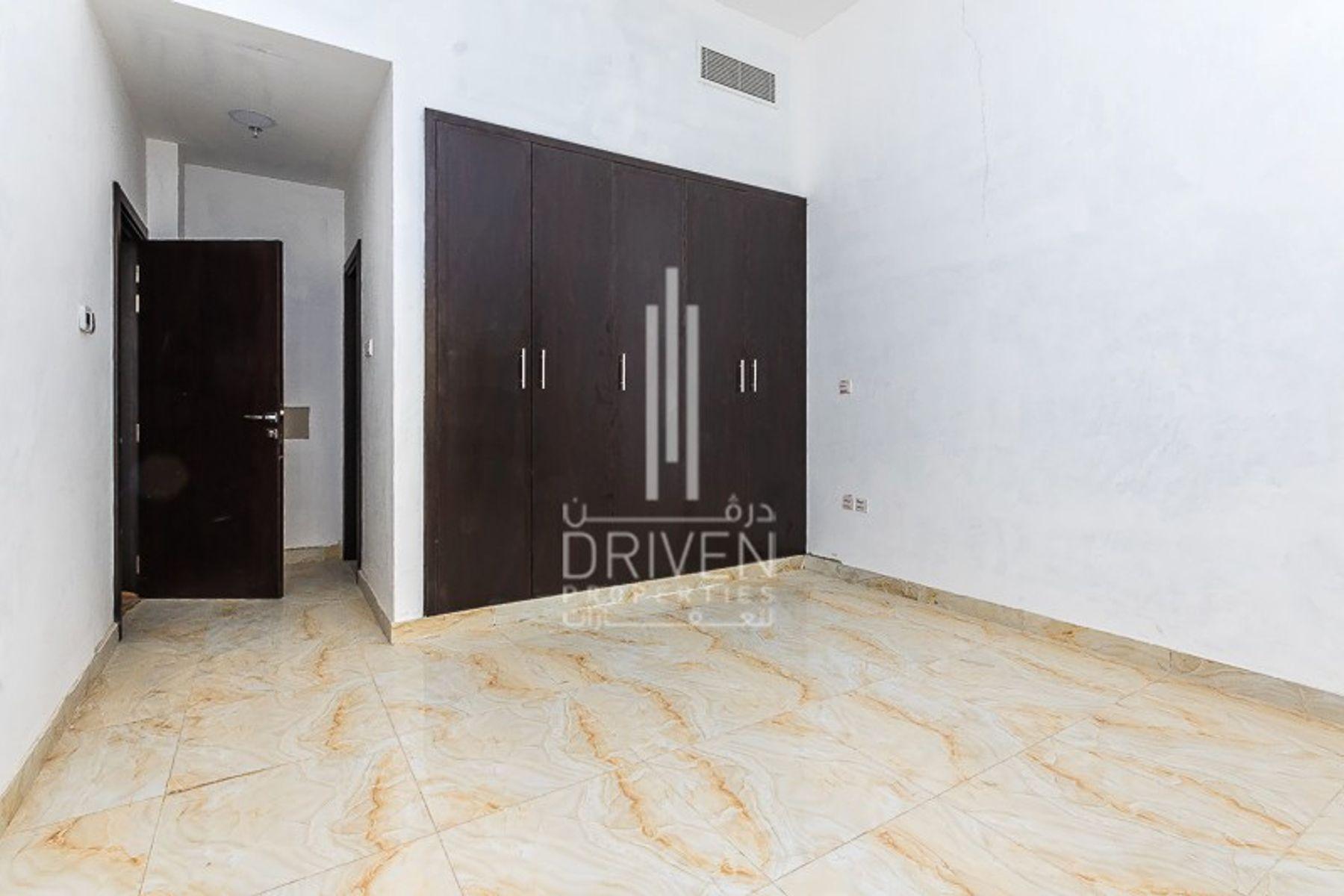 للبيع - مبنى سكني - مساكن العوازي - مجمع دبي ريزيدنس