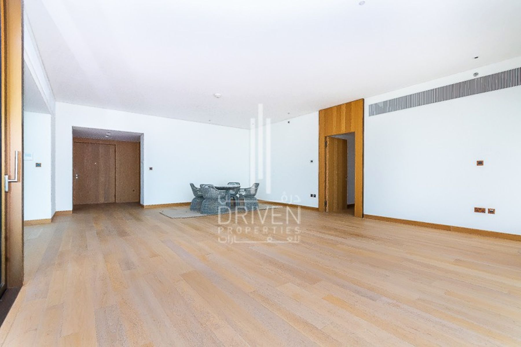 Spacious and Bright 3 BR Apt|Marina View