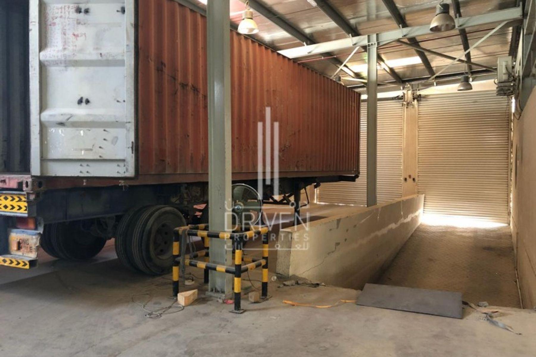 Well-established Warehouse in Jebel Ali.