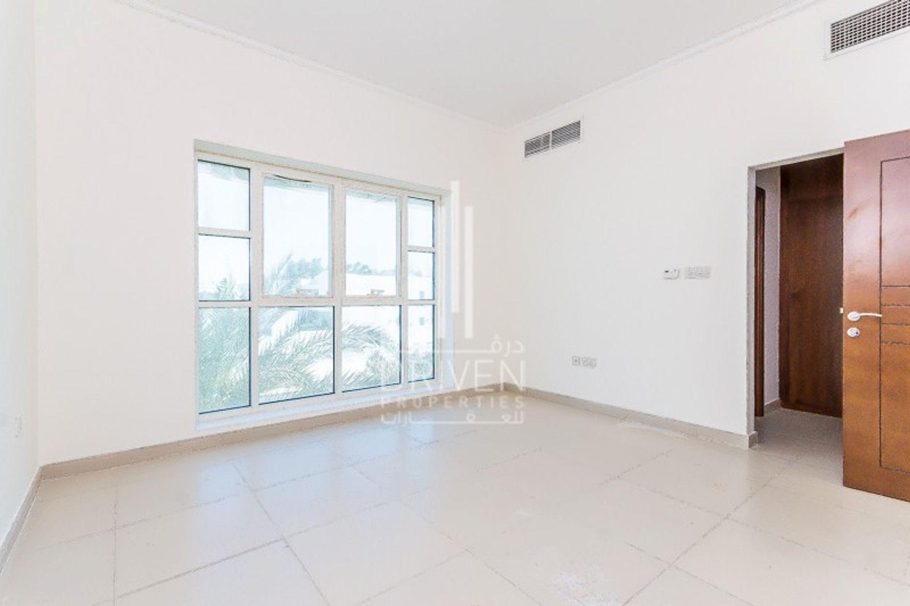 Villa for Rent in Jumeirah 3 Villas, Jumeirah